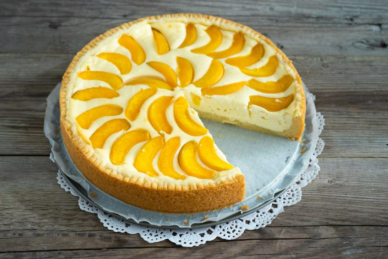 Bake and No-Bake Pineapple Cream Cheesecake Recipe