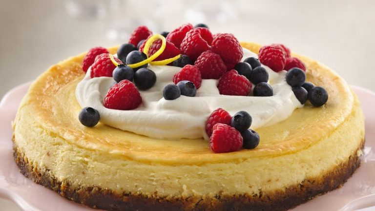 15 Easy Cheesecake Toppings